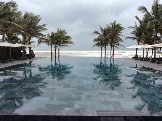Fusion Maia Da Nang : Guest Pool