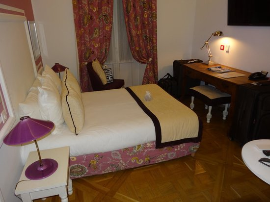 Hotel Royal Bon Repos: Room