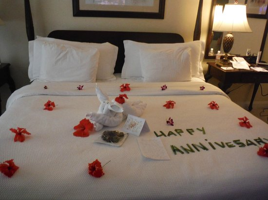 Sandals Montego Bay : Happy Anniversary to us