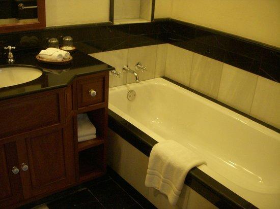Settha Palace Hotel: 部屋02