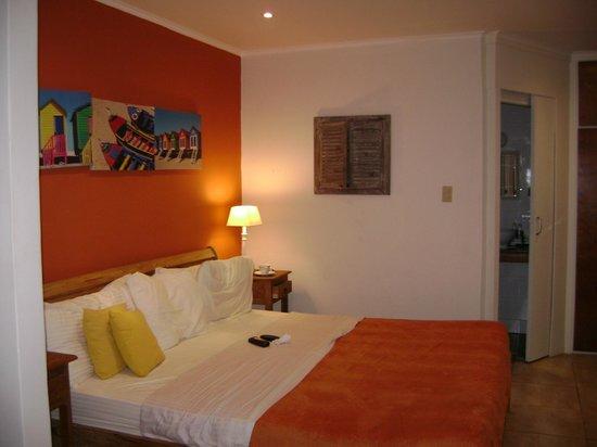 Carinas Studio Apartments: Habitacion