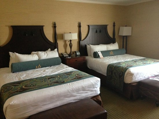 Hershey Lodge: Room