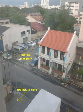 Hotel Sentral Georgetown: Hotel parking bay just right across