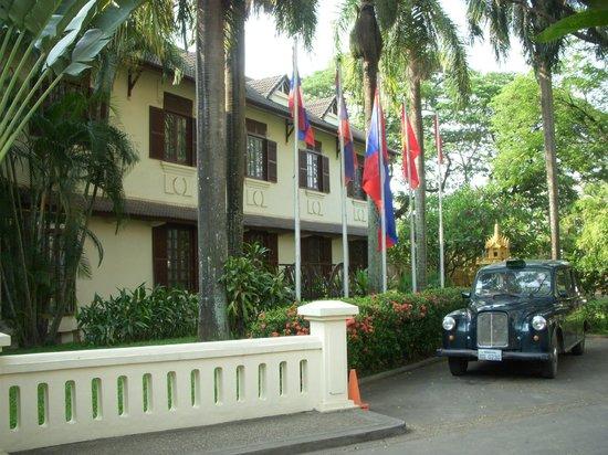 Settha Palace Hotel: 外観02