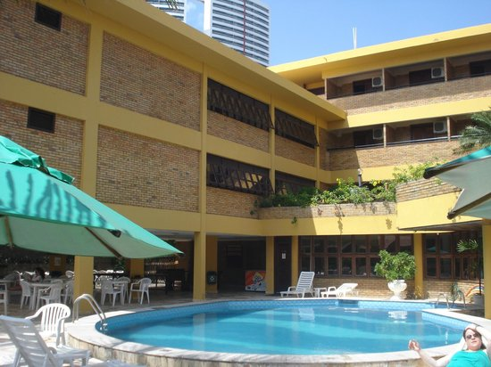 Hotel Pizzato Praia: Vista dos quartos da piscina