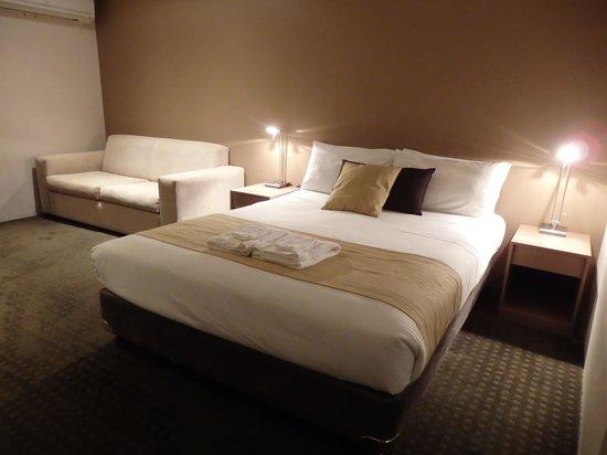 Comfort Inn Towradgi Beach: Bedroom