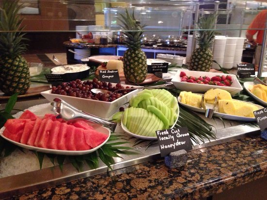 Hyatt Regency North Dallas/Richardson : Fresh fruit on buffet