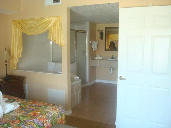 Summer Bay Orlando By Exploria Resorts : Second Bathroom in Master suite