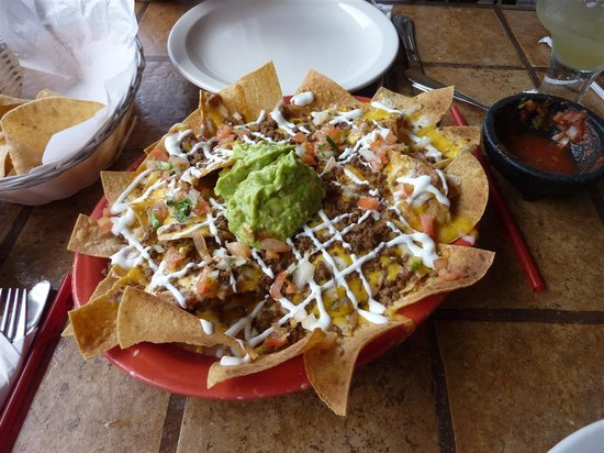 Mariachi's Authentic Mexican Restaurant: Nachos