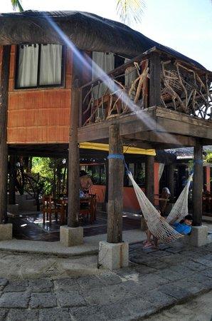 Puerto Del Sol Beach Resort : Bahay Kubo