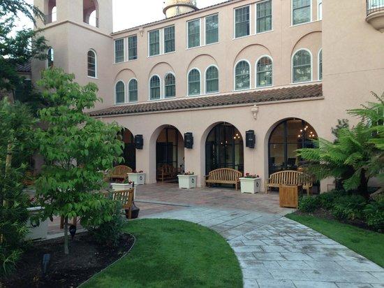 Fairmont Sonoma Mission Inn & Spa : outside