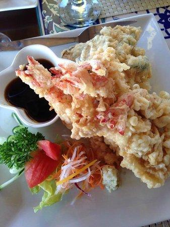 Puerto Del Sol Beach Resort: Lunch