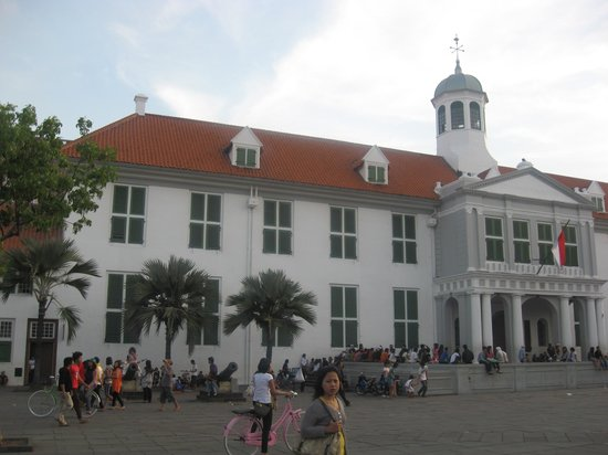 Fatahillah Square: City Hall of Batavia
