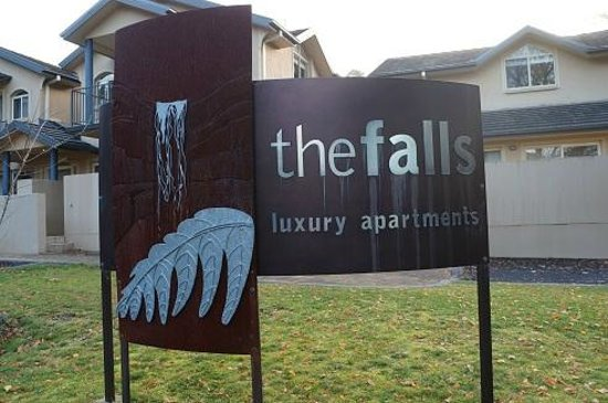 Falls Mountain Retreat Blue Mountains: The Falls Luxury Apartments