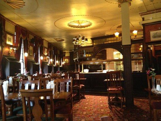 The Albert : Upstairs restaurant