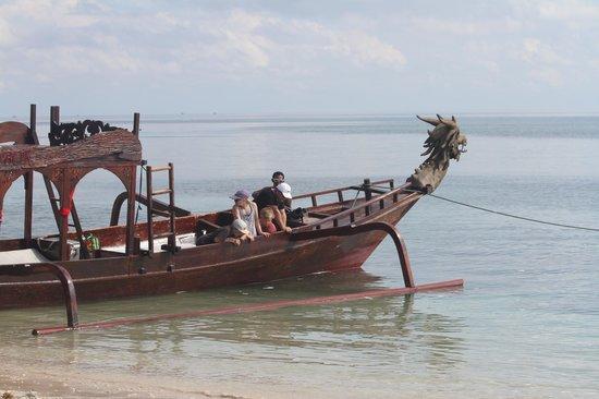 Hotel Tugu Lombok : Hotel boat