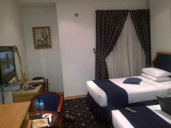 Grand Qatar Palace Hotel : room inside