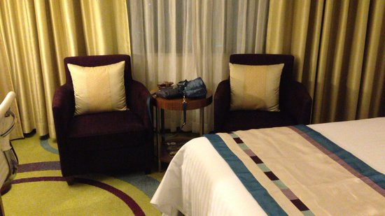 Courtyard by Marriott Seoul Times Square: room
