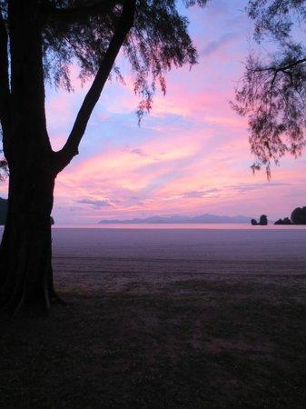 Tanjung Rhu Resort : Sunset