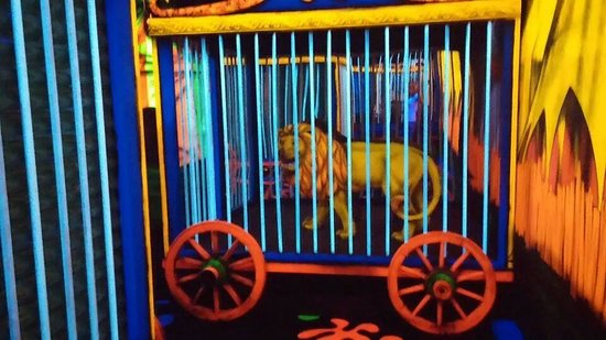 Circus Golf : one of the better sights inside
