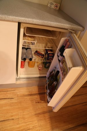 Hermitage Lodge: Inside the fridge / mini bar