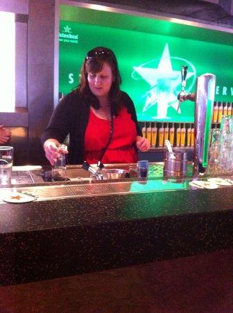 Heineken Experience: Pouring my own beer