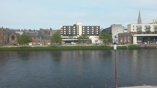 Premier Inn Inverness Centre (River Ness) Hotel: View from window