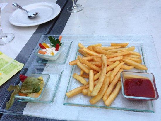 Cafe-Restaurant Luisenhof: Pommes Deluxe