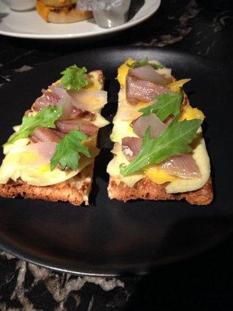 Jaime Beriestain: Tostada con sardina ahumada