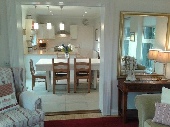 The Red Door Westport: sunroom through to kitchen/dinner
