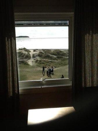 Sola Strand Hotel: vue de la chambre sur la plage