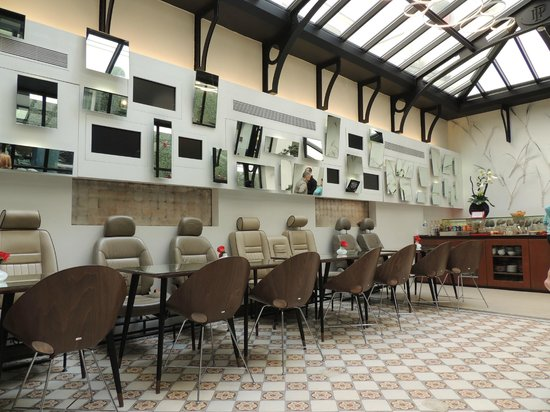 Hôtel Joyce - Astotel : Salle de restauration