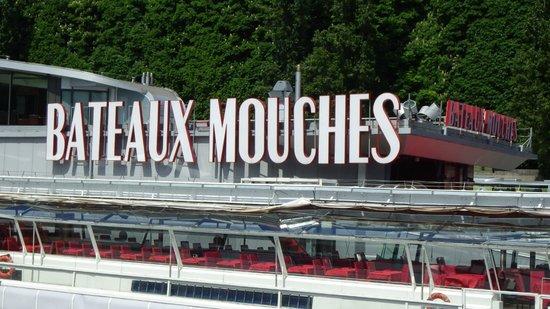 Bateaux Mouches: The departure point.