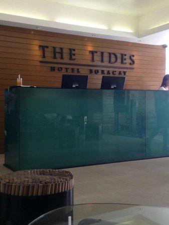 The Tides Boracay : Lobby