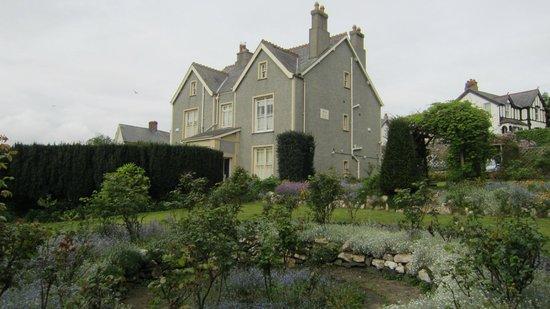Bryn Guest House