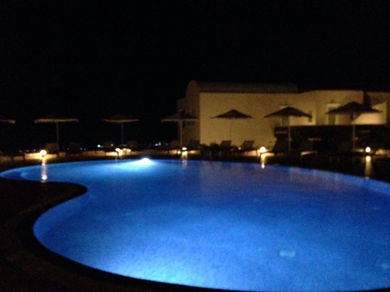 Astro Palace Hotel and Suites: Main pool area