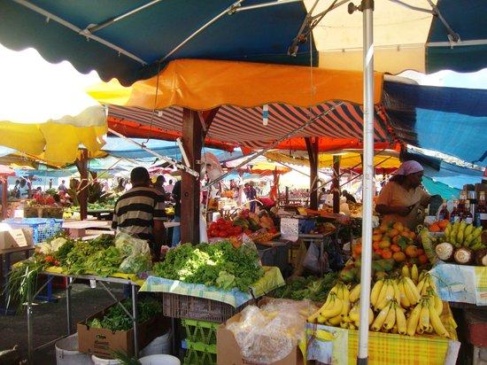 Marche Aux Fruits Et Legumes Fort De France 2019 Ce Quil Faut Savoir Pour Votre Visite