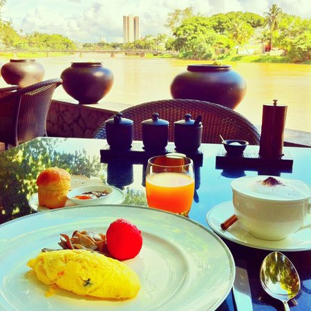 Anantara Chiang Mai Resort: Superb breakfast with a view