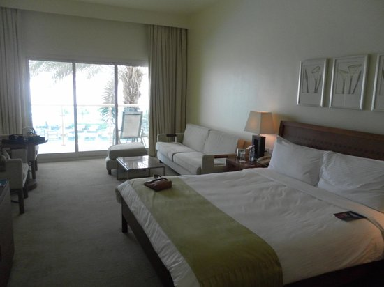 Radisson Blu Resort Fujairah : Nice spacious and comfortable room