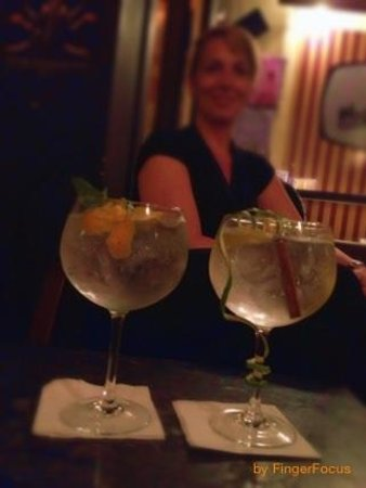 Cafe Suave: The best gin&tonic ever!