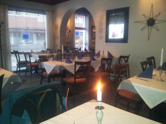 zorba: Koselig restaurant