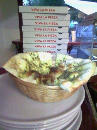 Pizzeria La Plaza: Fugazzeta