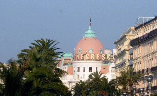 Nizza Travel - Day Tours : Hotel Negresco