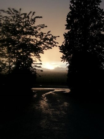 B&B Il Greppo: tramonto dopo la pioggia