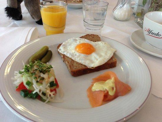 Dorint Hotel Dresden: Blick auf ein customed breakfast