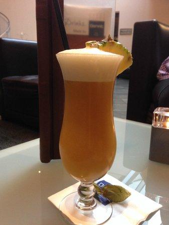 Dorint Hotel Dresden: Modern Mai Tai