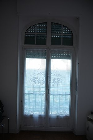 Hotel Peron : Вид из окна
