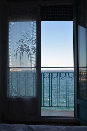 Hotel Peron : Колорит