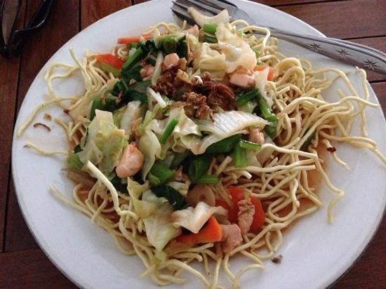 Warung Murah: Tami goreng (crispy bami)