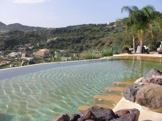 Hotel Villa Enrica - Country Resort: infinity pool